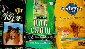 There are many varieties of dog food to choose from.